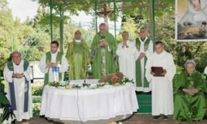 momeno liturgia giubilare con il vescovo