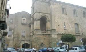 monumenti-da-visitare-enna-palazzo-chiaramonte